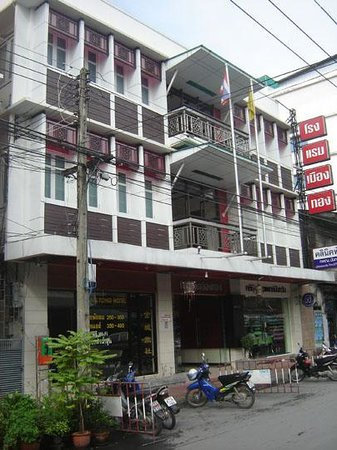 Photo of Muang Tong Hotel Nakorn Si Thammarat