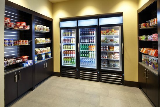 Homewood Suites by Hilton Springfield: 24-hour Pantry