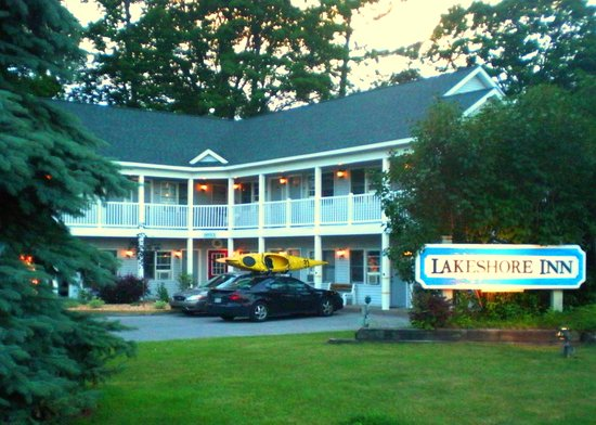 ‪Lakeshore Inn Motel‬