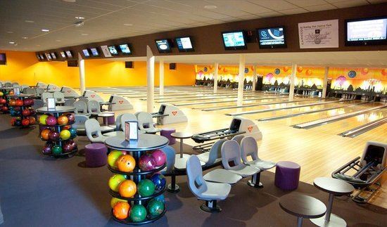 les 16 pistes de bowling photo de bowling central park charleville mezieres tripadvisor. Black Bedroom Furniture Sets. Home Design Ideas