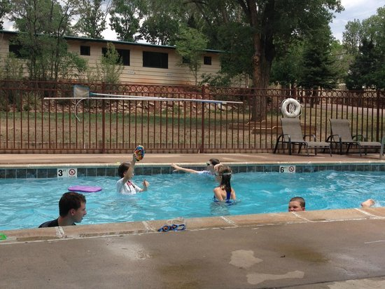 Upper Swimming Pool Picture Of Garden Of The Gods Rv
