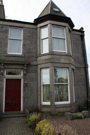 Photo of Fourways Guesthouse Aberdeen