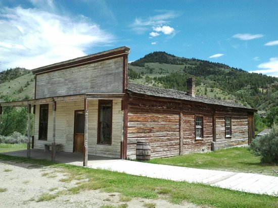 Dillon (MT) United States  city photos gallery : ... Hole Battlefield, Near Dillon, Montana Picture of Dillon, Montana