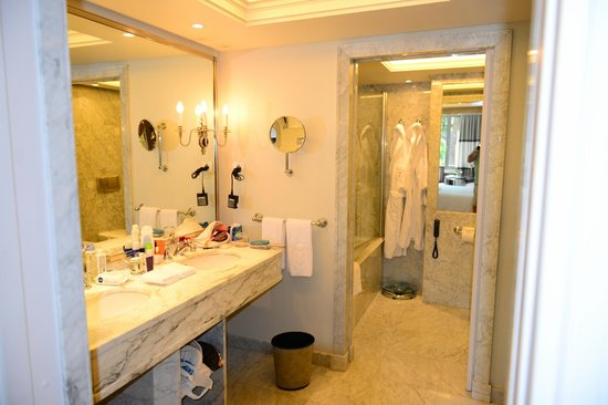 Best Affordable Hotels Near Atocha Station