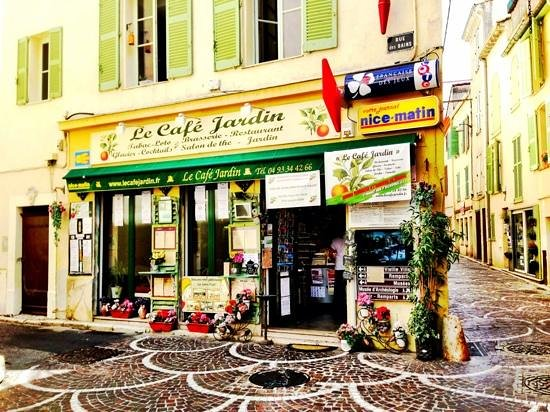 la fa ade de l 39 tablissement picture of le cafe jardin antibes tripadvisor. Black Bedroom Furniture Sets. Home Design Ideas