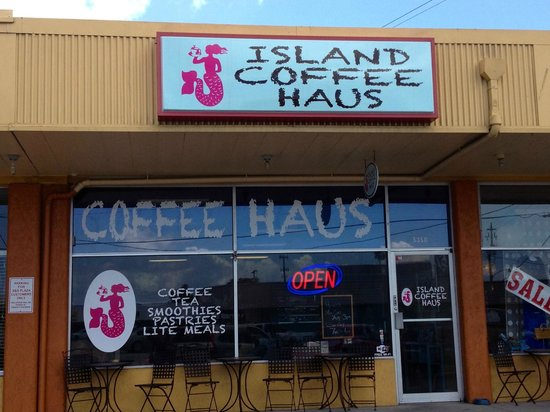 Island Coffee Haus: front entrance