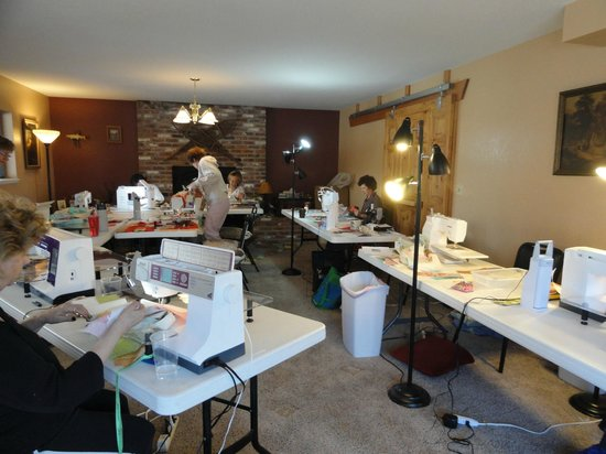 sewing retreat picture of buffalo peaks bed and. Black Bedroom Furniture Sets. Home Design Ideas