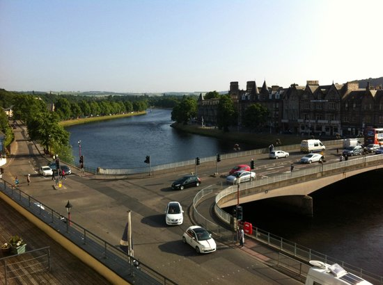Highland Apartments: Inverness and River