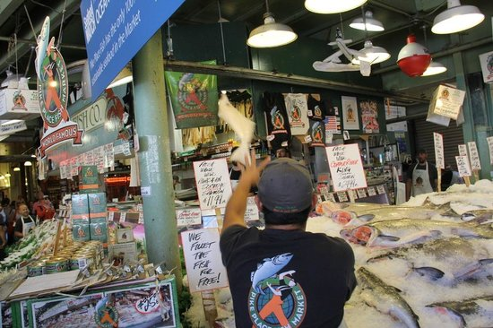 Produce picture of pike place market seattle tripadvisor for Pike place fish market video