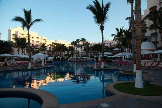 Foto de pueblo bonito rose cabo san lucas relaxing pool at the rose tripadvisor - Cabo de roses ...
