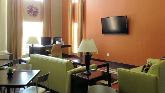Photo of BEST WESTERN Inn & Suites New Braunfels
