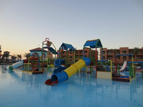 Picture of sea club aqua park nabq bay for Aqua piscine otterburn park