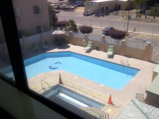 The Region Inn: View of the pool from the room