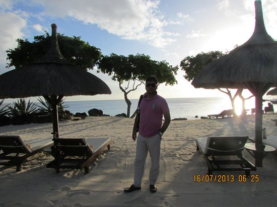 The Oberoi, Mauritius: at the beach ..