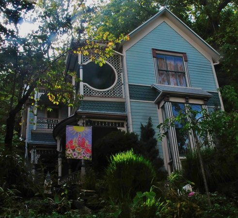 Photo of The Pearl Tatman House Eureka Springs