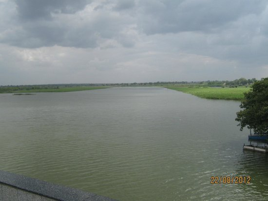 Karnataka, India: vast water at sangam