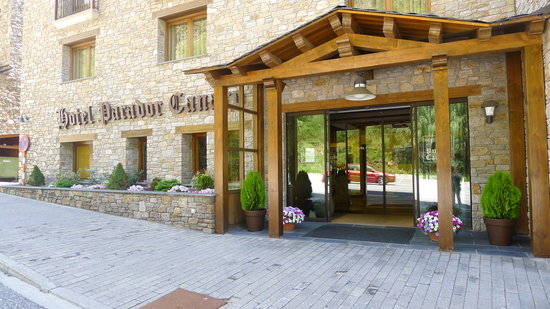 Photo of Hotel Parador Canaro Incles