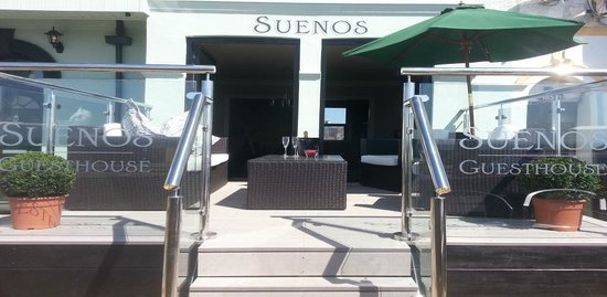 Suenos Guest House