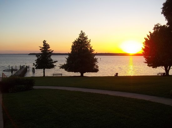 Sandy Cove Ministries: Sunset view