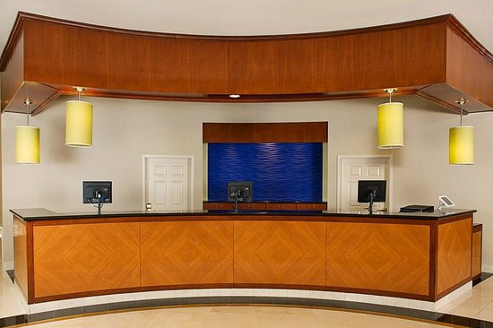 Front Desk Picture Of Residence Inn Anaheim Resort Area