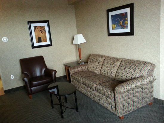Drury Inn & Suites Albuquerque : Sitting Area