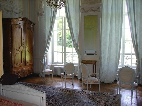 d tail chambre suite louis xvi picture of chateau de bonnemare radepont tripadvisor. Black Bedroom Furniture Sets. Home Design Ideas