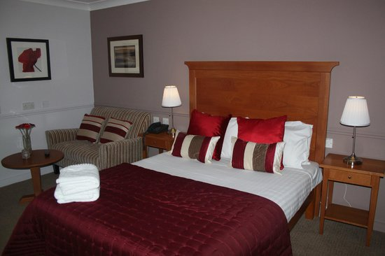 Photo of Gomersal Park Hotel