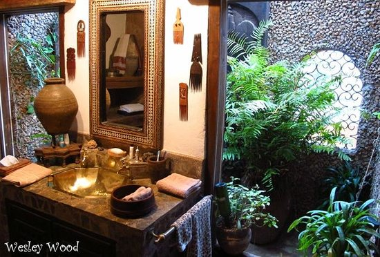 African Heritage House: Bathroom