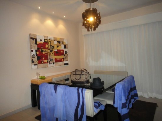 One Bedroom Suite Dining Area Picture Of Azul Fives Hotel By Karisma Playa Del Carmen