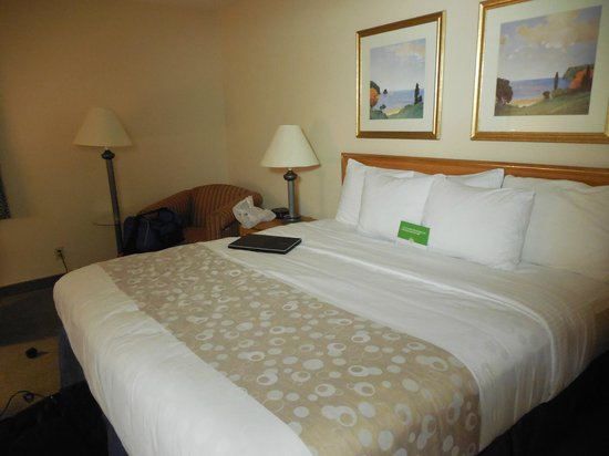 Photo of La Quinta Inn & Suites St. Louis Maryland Heights