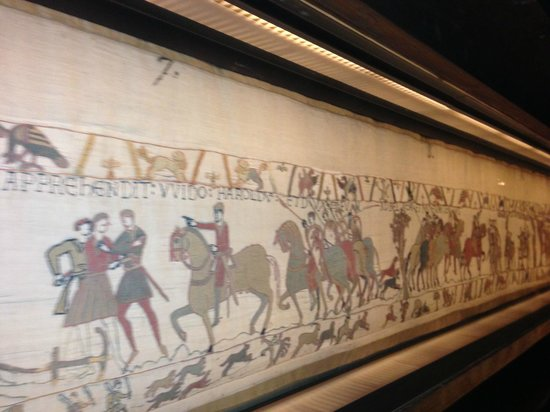 Bayeux tapestry picture of bayeux tapestry museum - Decoller de la tapisserie ...