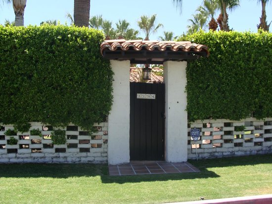 Rat pack hideaway picture of five star adventures tours for The lucy house palm springs