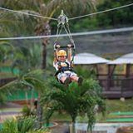 Bay View Mini-Putt And Zipline