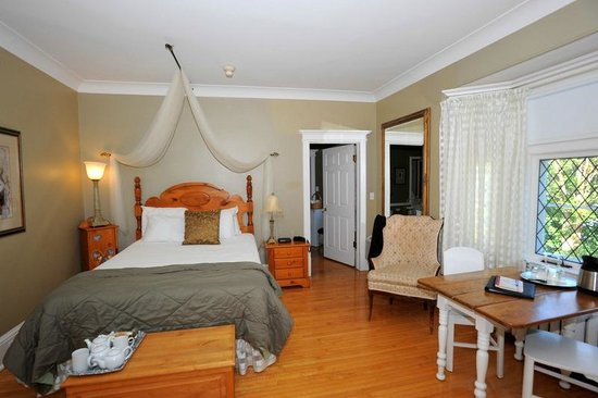 Port Royal suite - Picture of Leaside Suites and Executive ...