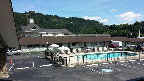 Photo of Rocky Top Village Inn Gatlinburg