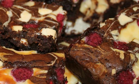 Raspberry and White Chocolate Cheesecake Brownies (gluten ...