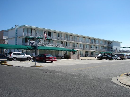 Commander-By-The-Sea-Motel