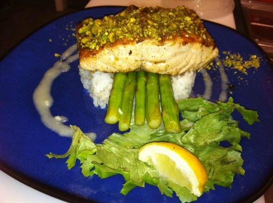 Ginger teriyaki tuna picture of cape coral southwest for Fish tales restaurant