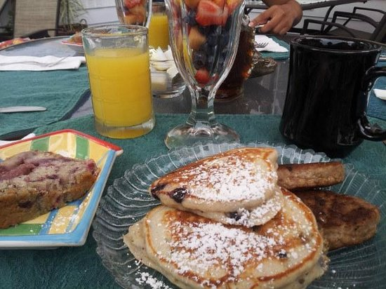 Bewitched & BEDazzled Bed & Breakfast: Healthy Yummy Breakfast