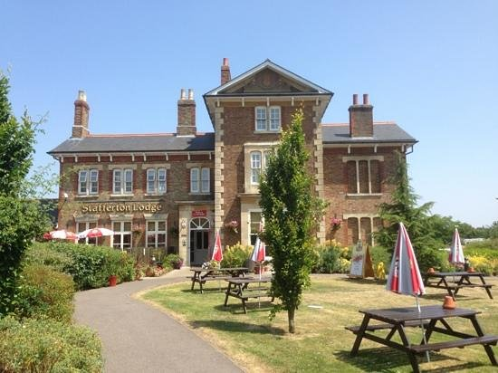 Stafferton lodge - Picture of Toby Carvery, Maidenhead ...