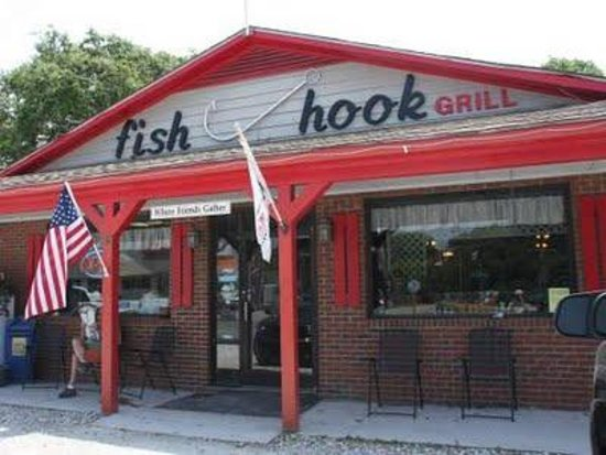 Dining room picture of fish hook grill harkers island for Island fish grill