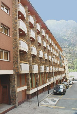 Photo of Hotel Folch Sant Julia de Loria