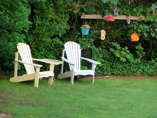 Isaiah Hall Bed and Breakfast Inn: Leisure Time
