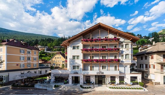 Photo of Hotel Genziana Ortisei