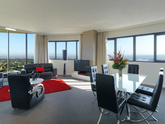 Photo of Meriton Serviced Apartments Kent Street Sydney