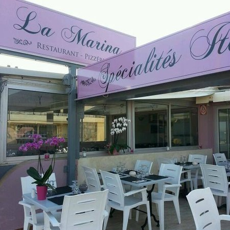 la marina le lavandou restaurant reviews phone number photos tripadvisor. Black Bedroom Furniture Sets. Home Design Ideas