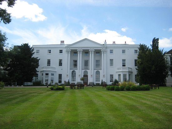 The White House Front Picture Of Beaumont Estate Old