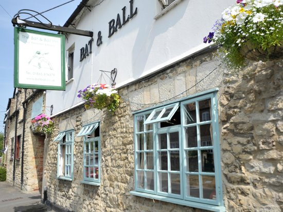 ‪The Bat & Ball Inn‬