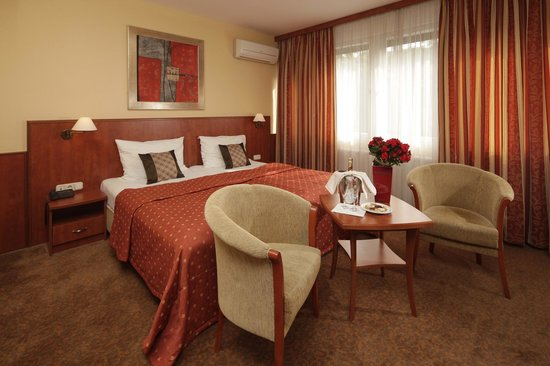 Photo of Hotel Charles & Apartment Budapest