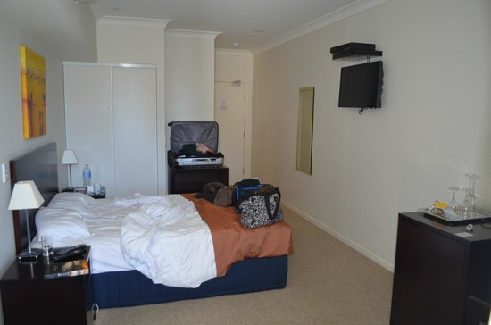 Room Photo 401840 Macquarie Waters Hotel Apartments